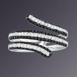 18KT WHITEGOLD BLACK WHITE DIAMOND RING