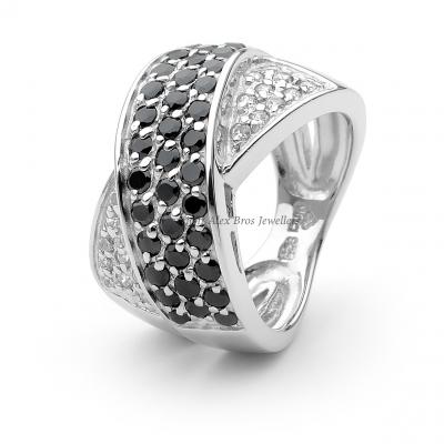 Cross Over Ring Set with Round Brilliant Cut Cubic Zirconia 1