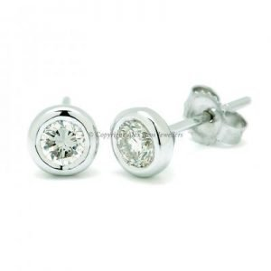 Diamond Bezel Set Earstuds
