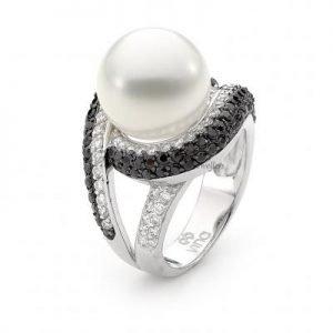 Ladies Pearl Ring Set with Brilliant Cut Cubic Zirconia