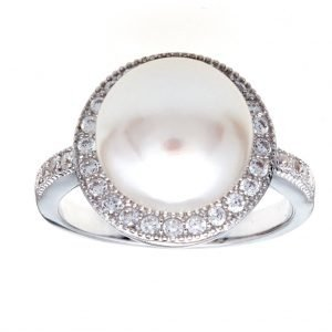 R7612 - RHODIUM FRESHWATER PEARL AND CZ RING
